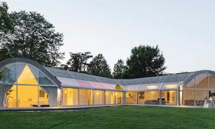 Dům v podobě kokonu šokuje tvarem, nadchne však spotřebou energie
