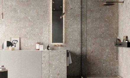 Sjednocený design v koupelně, aneb když souzní obklady s umyvadlem