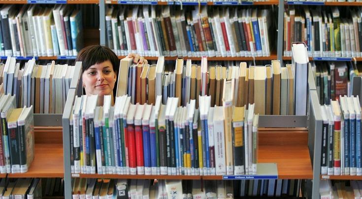 U karlovarské krajské knihovny roste nový pavilon, vystačí na dvacet let