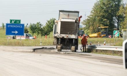 Začala oprava dálničního obchvatu Otrokovic, potrvá do konce května
