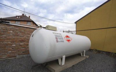 Když chybí přípojka plynu, pomohou zásobníky s propanem