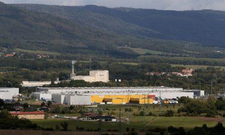 Investoři plánují na Teplicku a Mostecku další sklady, obce protestují