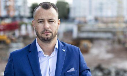 Sehnat české dělníky je obrovský problém, říká ředitel velké stavební firmy