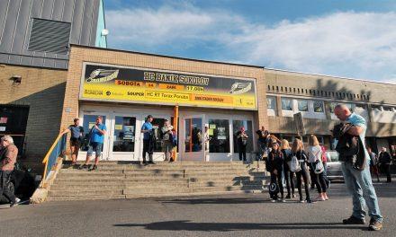 V Sokolově opravují střechu stadionu. Vydržela méně, než město čekalo