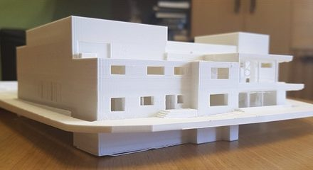 Zchátralá sokolovna bude po přestavbě dominantou Hulína, vzniknou dva sály