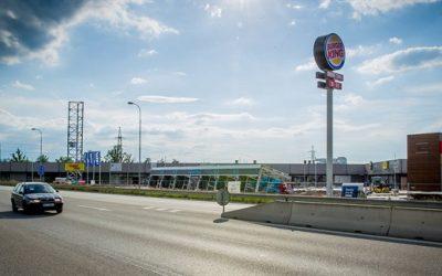 Prázdné haly Jitexu v Bechyni nahradí obchodní zóna, část místních je proti