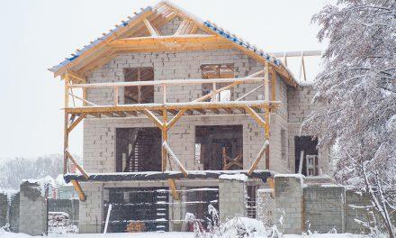 Stavba v zimě: tipy, triky, zásady