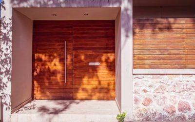 Vchodové dveře, brána do domu
