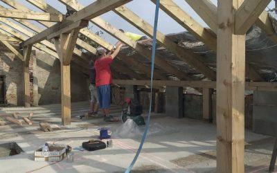Reflexní tepelná izolace SuperFOIL chrání budovu v létě i v zimě