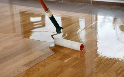Jakou zvolit povrchovou úpravu podlah? Natírat lakem, olejem nebo voskem?