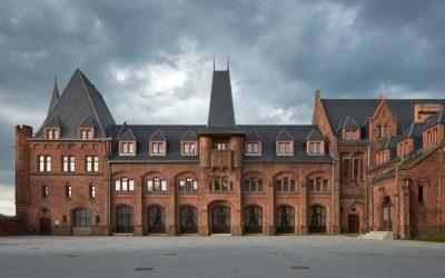 Obnova Červeného zámku